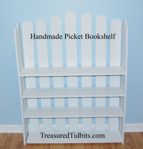 Adorable Handmade Picket Shelf