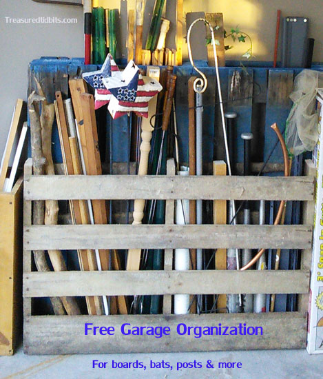 Free Storage for Outdoor Toys and Sports Equipment incluiding Bats