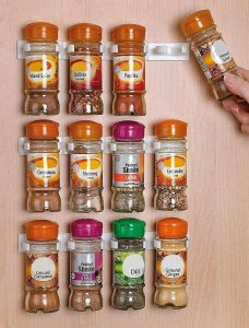 broom-organizer-for-spices