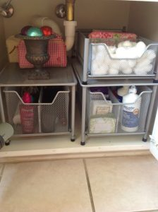 use-sliding-drawers-to-maximize-the-space-under-your-bathroom sink